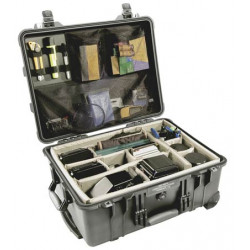 Peli 1560 Case With dividers (черен)