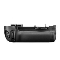 MB-D14 Multi-Power Battery Grip