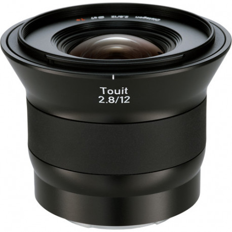 Zeiss TOUIT 12mm f/2.8 за Sony E