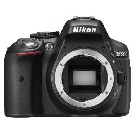 фотоапарат Nikon D5300 + обектив Nikon 18-105mm VR