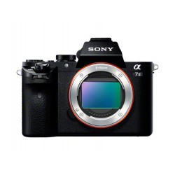 фотоапарат Sony A7 II + обектив Sony FE 50mm f/1.8