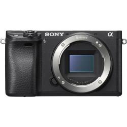 Camera Sony A6300 + Lens Sony SEL 18-105mm f/4