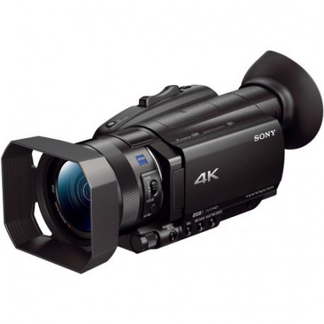 камера Sony FDR-AX700 4K + микрофон Sony XLR-K2M
