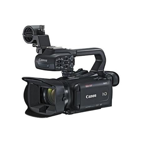 Camcorder Canon XA11 + Battery Canon BP-820 Battery Pack