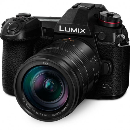 Panasonic Lumix G9 + обектив Panasonic Leica DG Vario-Elmarit 12-60mm f/2.8-4 ASPH. POWER O.I.S. + грип за батерии Panasonic DMW-BGG9E