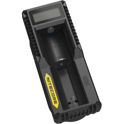 Charger Nitecore UM10 Battery Charging