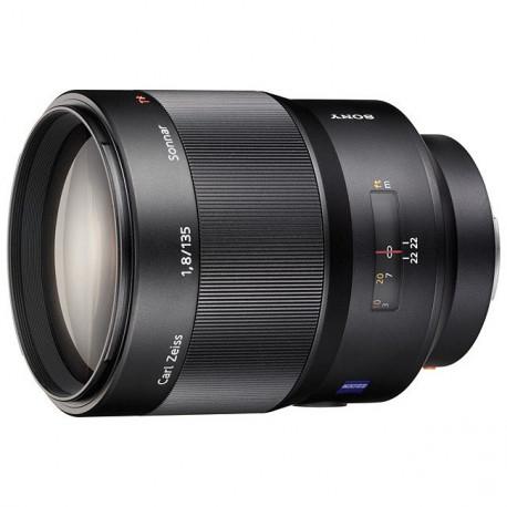 Sony 135mm f / 1.8 Carl Zeiss Sonnar T * ZA