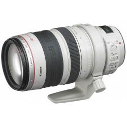 Canon EF 28-300mm f / 3.5-5.6L IS USM