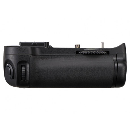 Nikon MB-D11 Multi-Power Battery Grip