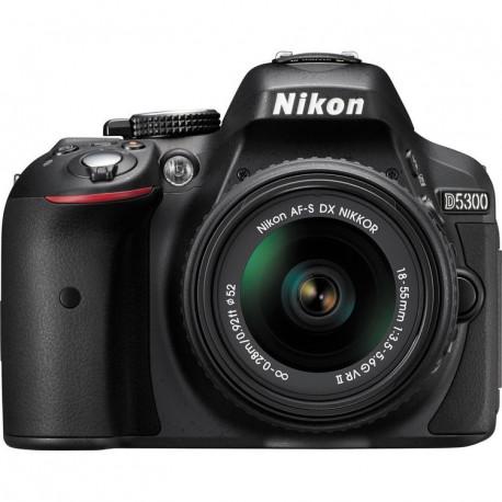 Nikon D5300 + обектив Nikon AF-P 18-55mm VR + обектив Nikon 50mm f/1.8G