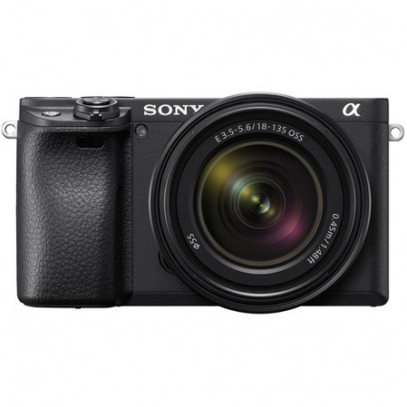 Camera Sony A6400 (черен) + Lens Sony E 18-135mm f / 3.5-5.6 OSS