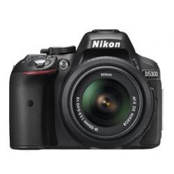 DSLR camera Nikon D5300 + Nikon AF-S 18-55mm f/3.5-5.6G II VR (употребяван)
