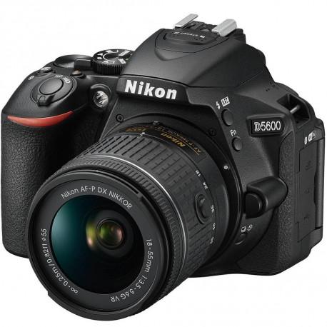 Nikon D5600 + AF-S 18-55mm f / 3.5-5.6G II VR (used)