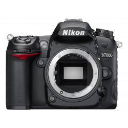 DSLR camera Nikon D7000 (used)