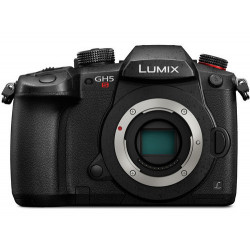 фотоапарат Panasonic Lumix GH5s + 8 батерии (употребяван)