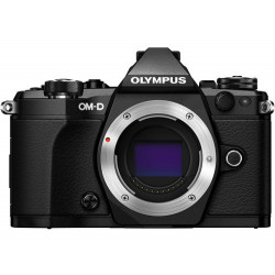 Olympus OM-D E-M5 MARK II + battery flu HLD-6P (used)