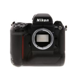фотоапарат Nikon F5 + светкавица SB-26 + куфар Nikon (употребяван)