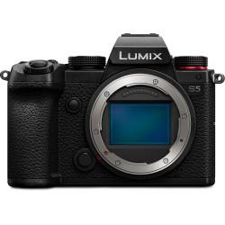 фотоапарат Panasonic Lumix S5 + обектив Panasonic Lumix S 20-60mm f/3.5-5.6
