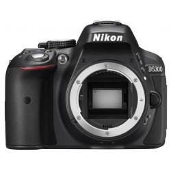 фотоапарат Nikon D5300 (употребяван)